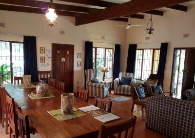 South Coast Accommodation Lounge
