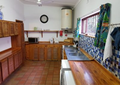 South Coast Accommodation Kitchen